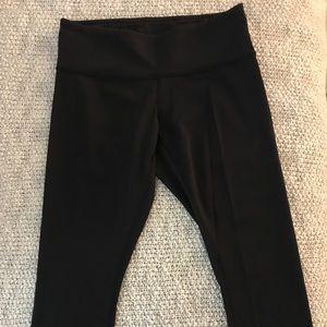 Lululemon cropped luxtreme leggings